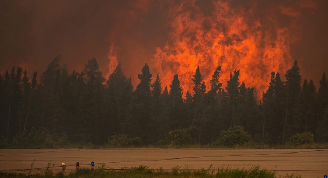 Sask Wildfires 20150607 TOPIX