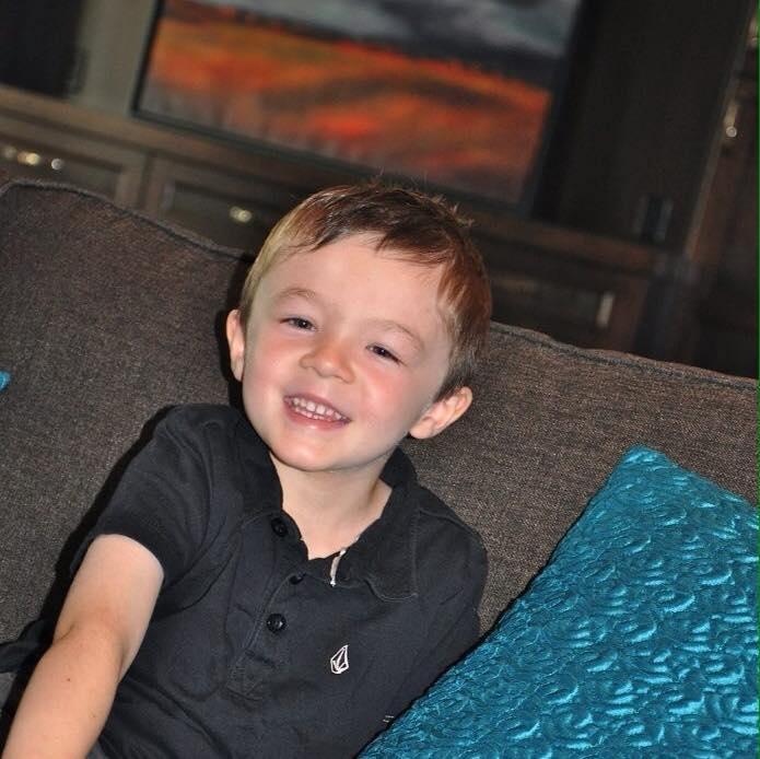 Regina Thunder Football Team Hoping To Help 6 Year Old Boy In Need
